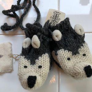 NWT Handmade Toddler wolf mittens